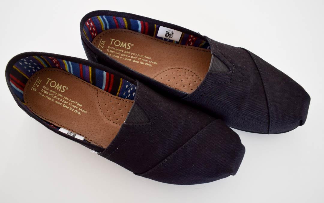 Det här är en ny sorts sko för mig med lite annan siluett. Det ska bli kul att variera med lite olika tåform! Länk (Footway)
