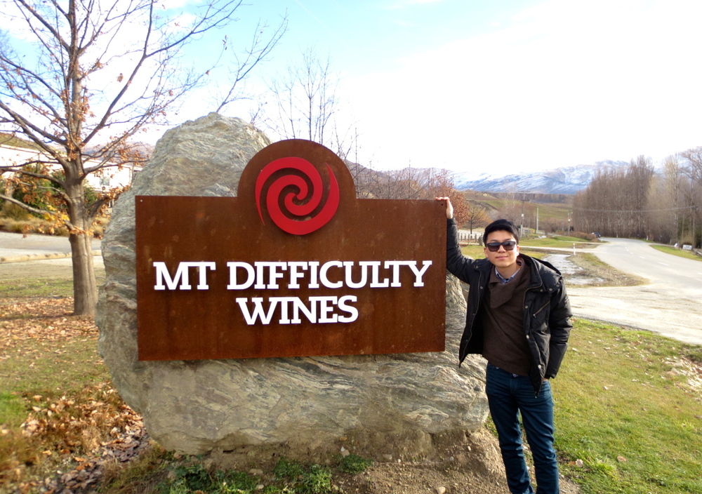 Jason Bae made a visit to Mt Difficulty Wines briefly before his recital at Cromwell Memorial Hall.