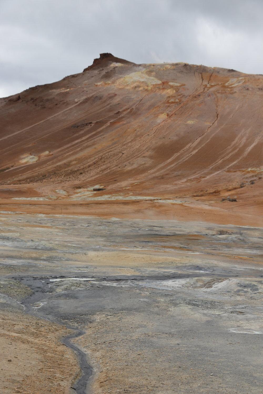 iceland-geothermal-landscape