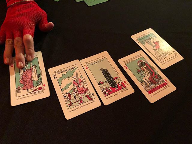 Couples tarot reading for Halloween. Give us your takes! #spookyscary