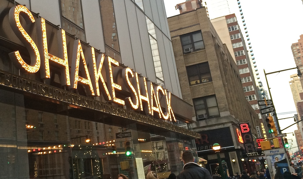 We wanted to stop at the ShakeShack, but ah, not enough time...