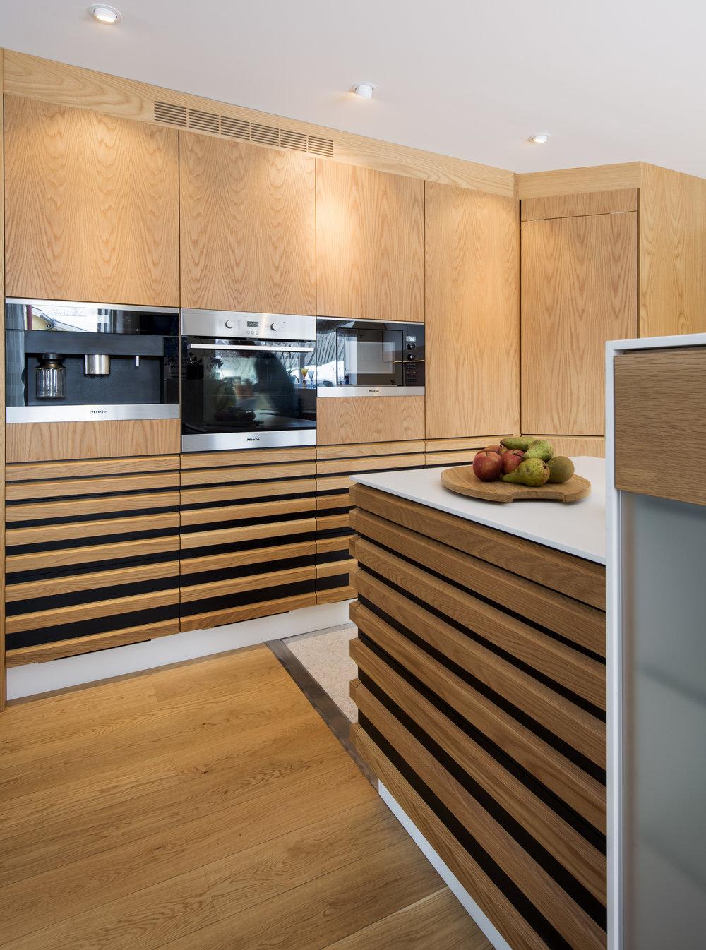 kjøkken-gradert-eikespiler-skreddersydd-tronheim-12.jpg