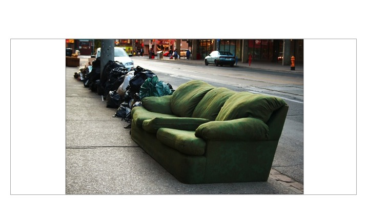 Garbage_Sofa