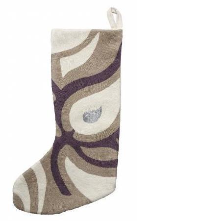 04_Stockings_Judy_Ross