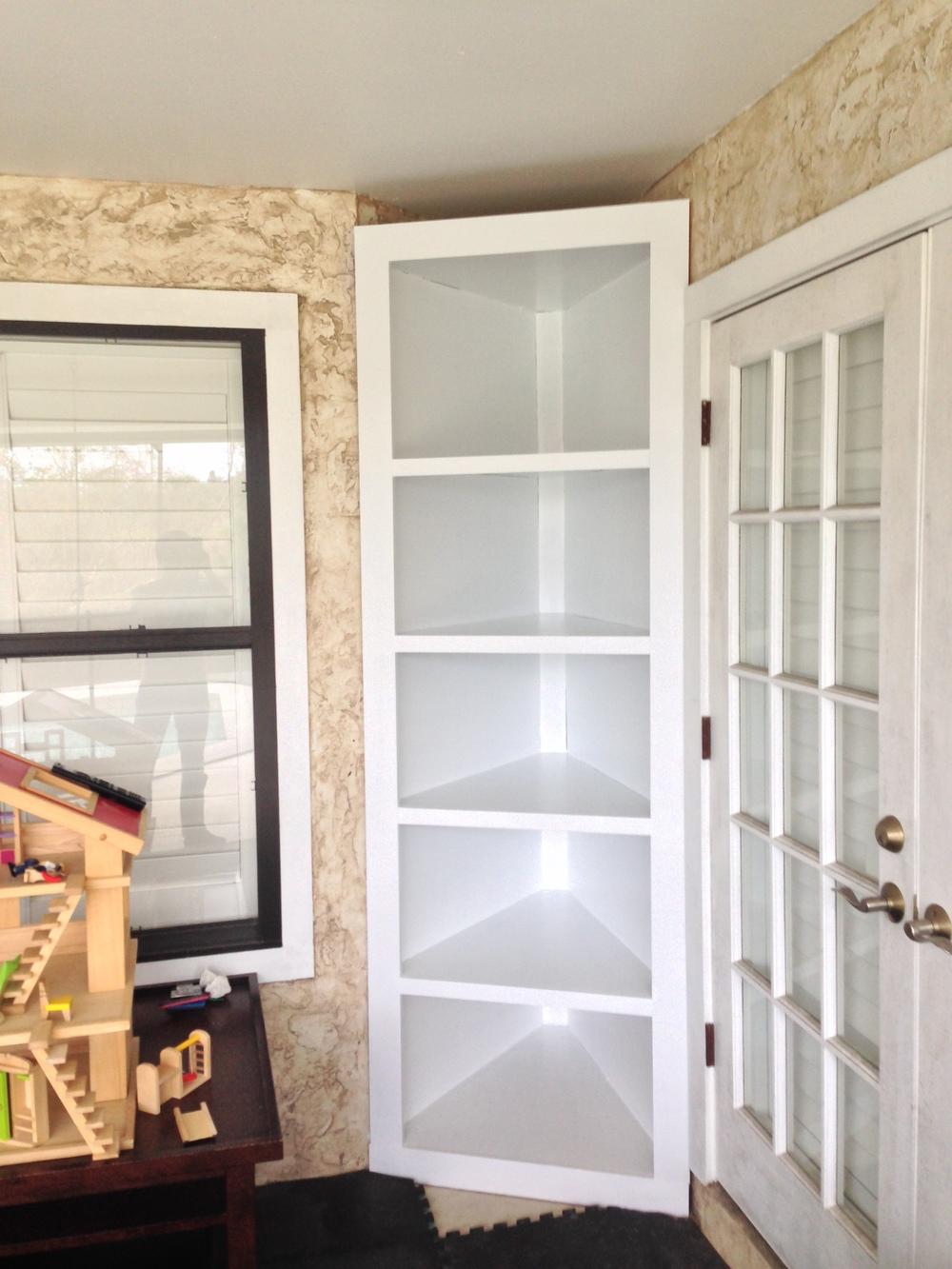 Custom Corner Bookshelves