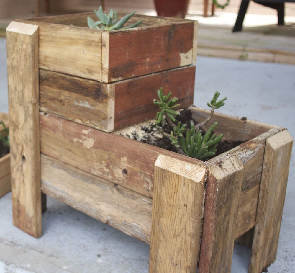 Upcycled Pallet Succulent Garden