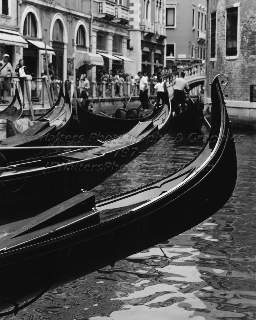 Gondolas_8156_20A.jpg