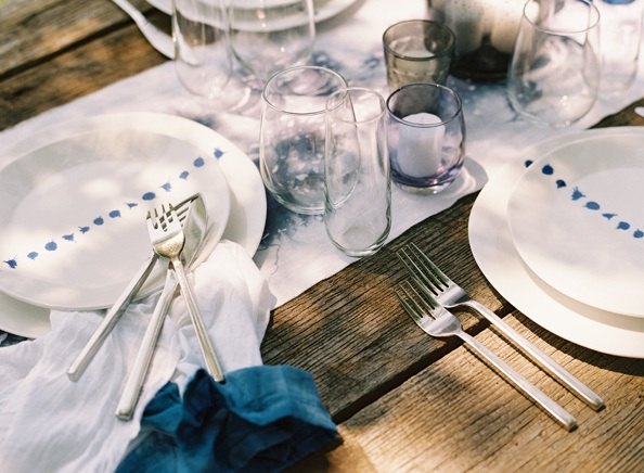 hand-dyed-table-runners-napkins-blue-farmtables.jpg