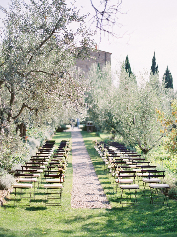 castillo-vicarello-italian-destination-wedding-ceremony-joy-thigpen-stylist-styling-designer-planning-destination-tuscan-tuscany-1.jpg