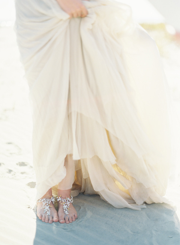 joy-thigpen-wedding-stylist-designer-planning-planner-destination-beach-jose-villa-once-wed-magazine-feature-17.jpg