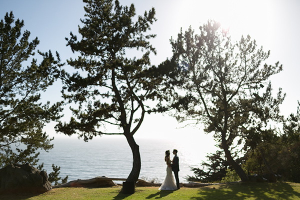 joy-thigpen-wedding-stylist-designer-planning-planner-destination-beach-magazine-feature-big-sur-destination-wedding-paion-2.jpg