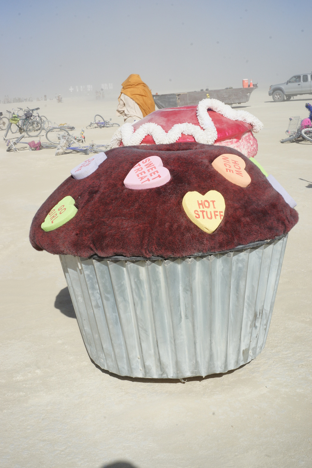 I tracked down one of the motorised cupcakes the next morning.