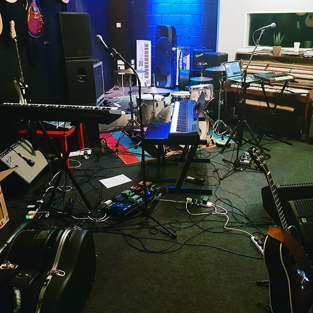 #rehearsals last night. Tonight is the @buttonfactorydub #show  Doors - 7.30pm Gavin Glass - 8pm Empire Circus - 9pm SHARP!  Please Remember: If you purchased tickets via our website, have your confirmation email with you either printed or on your smartphone. Your name is on the prepaid ticket list. Your guests must enter the venue with you.  The remaining tickets will be available at the door. Thank you and enjoy the show ❤  #empirecircus #buttonfactory #dublinireland #livemusic #concerts