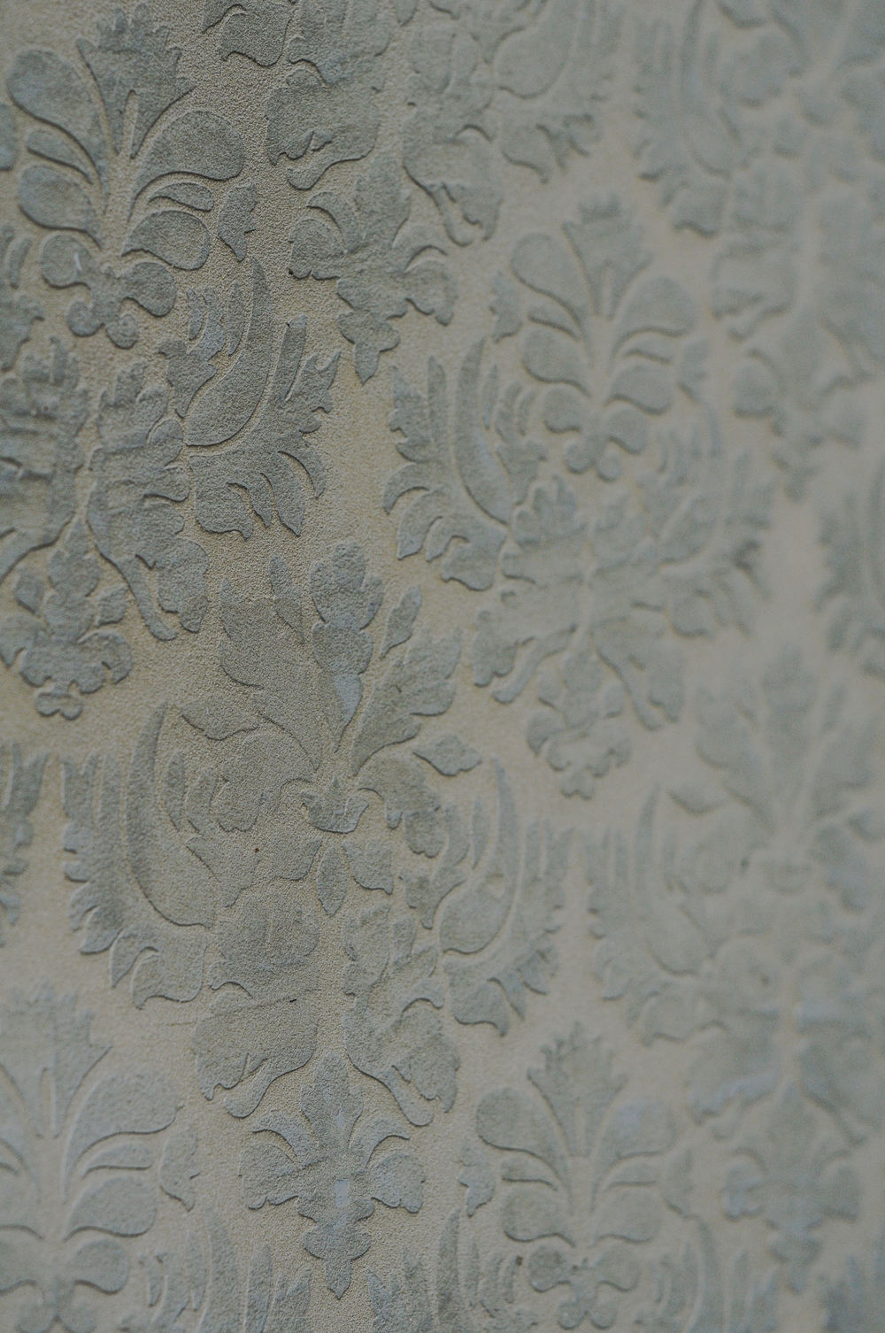 Lusterstone with Damask all over stencil