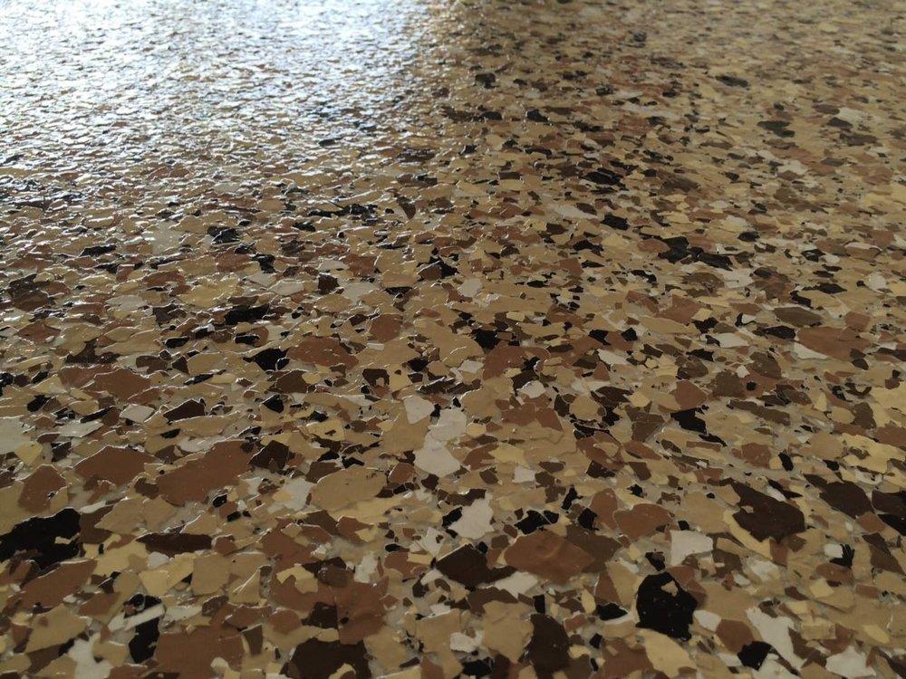 epoxy floor tan large flake.jpg