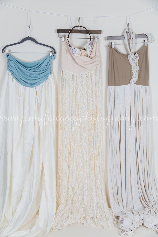 Studio Props Maternity Dresses-1.jpg