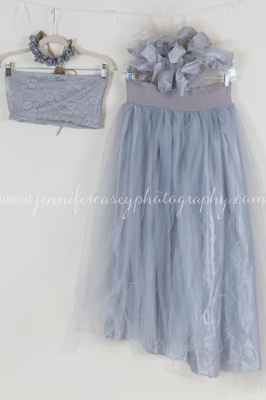 Studio Props Maternity Dresses-13.jpg