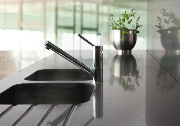 Comptoir de cuisine avec évier de quartz Silestone