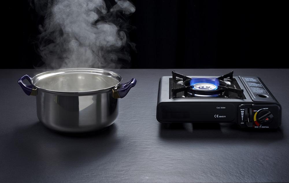 comptoir-dekton-resistance-chaleur-casserole