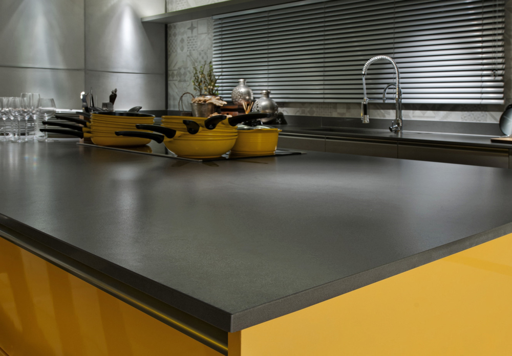Comptoir De Quartz Fonc Attention Granite Au Sommet