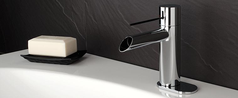 Robinet de salle de bain — Comptoir de Quartz | Comptoir de Granite ...