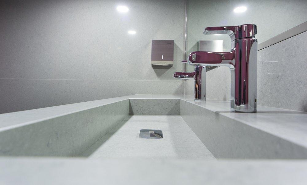 lavabo salle de bain quartz silestone lagoon