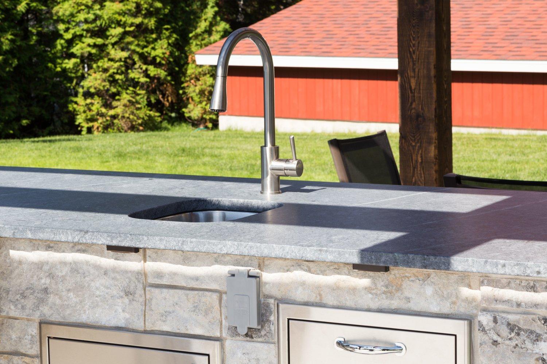Comment Nettoyer Le Marbre Exterieur comptoir de granite pour bbq et cuisine extérieure