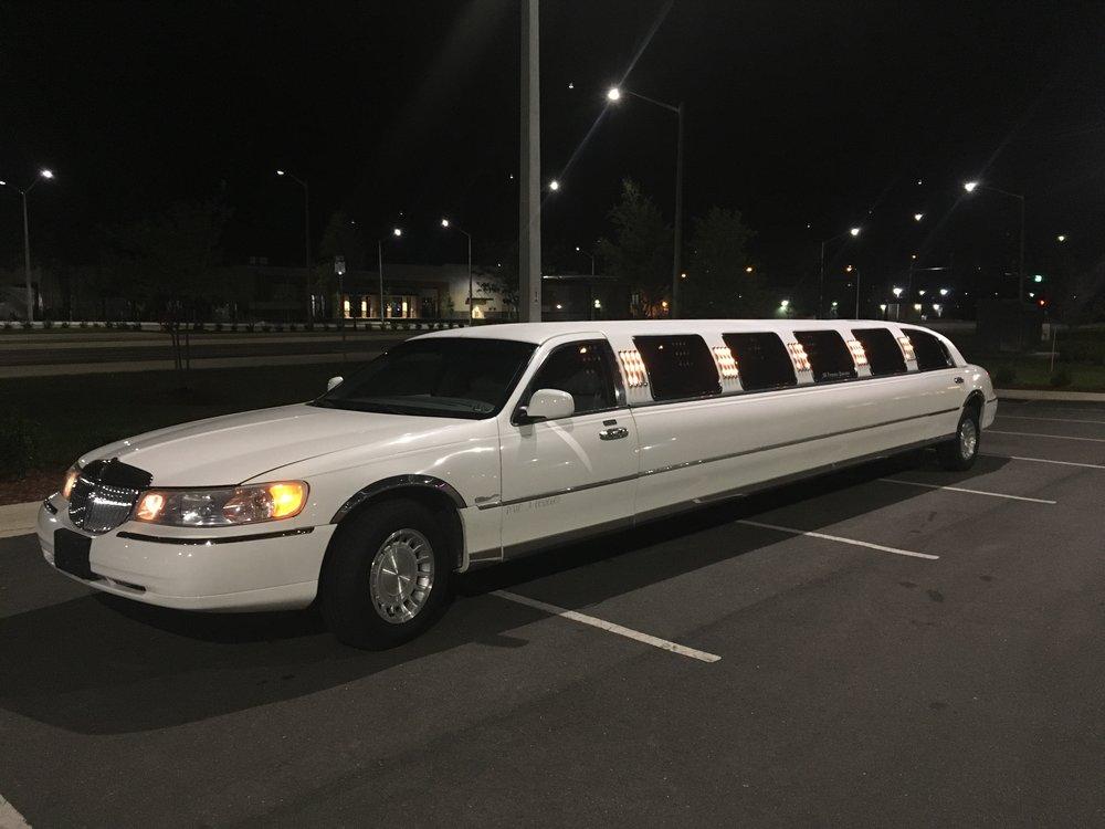 FTS Limousine - Sapphire Exterior