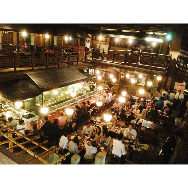 Hello Tokyo Great dinner at the Kill Bill restaurant, Gonpachi