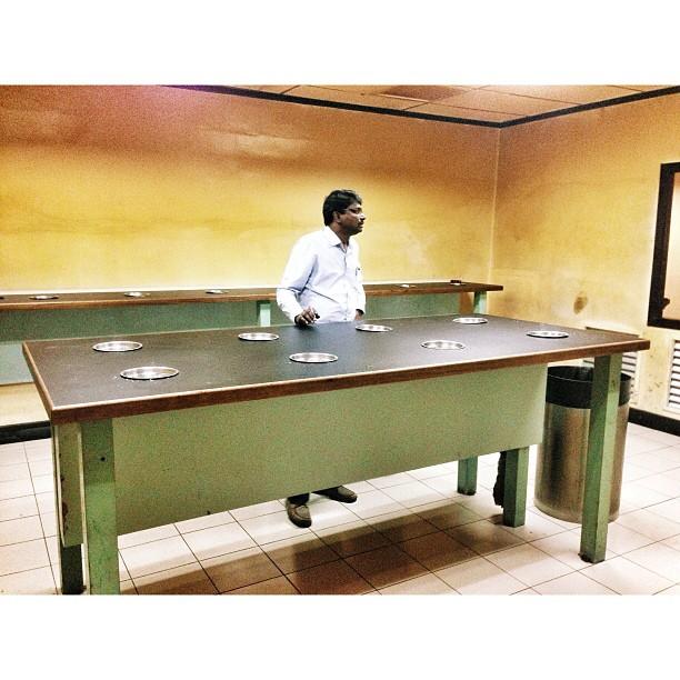 KL Budget Terminal Smoking Room