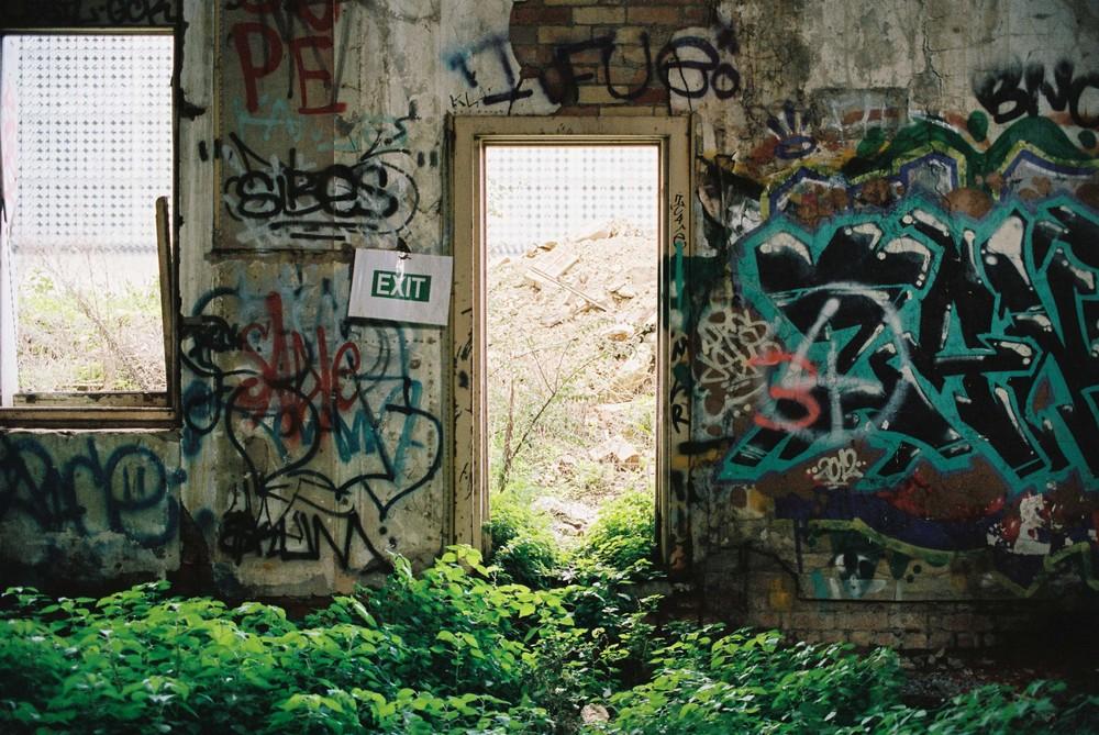 Ruins-1-2.jpg