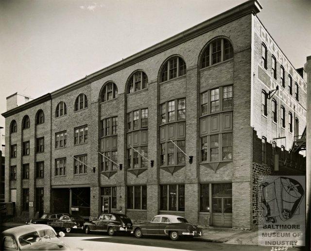 405 E Oliver 1953.jpg