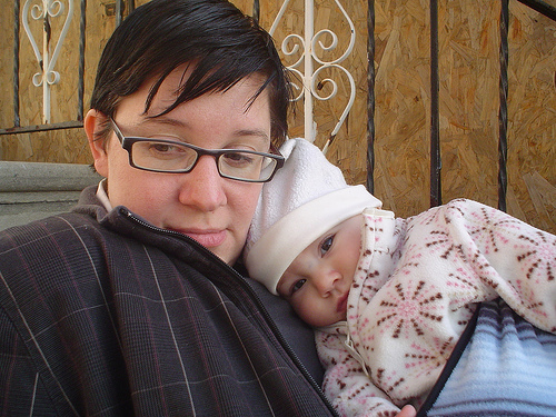 butchesandbabies: Karey + Margot @ 5 months.