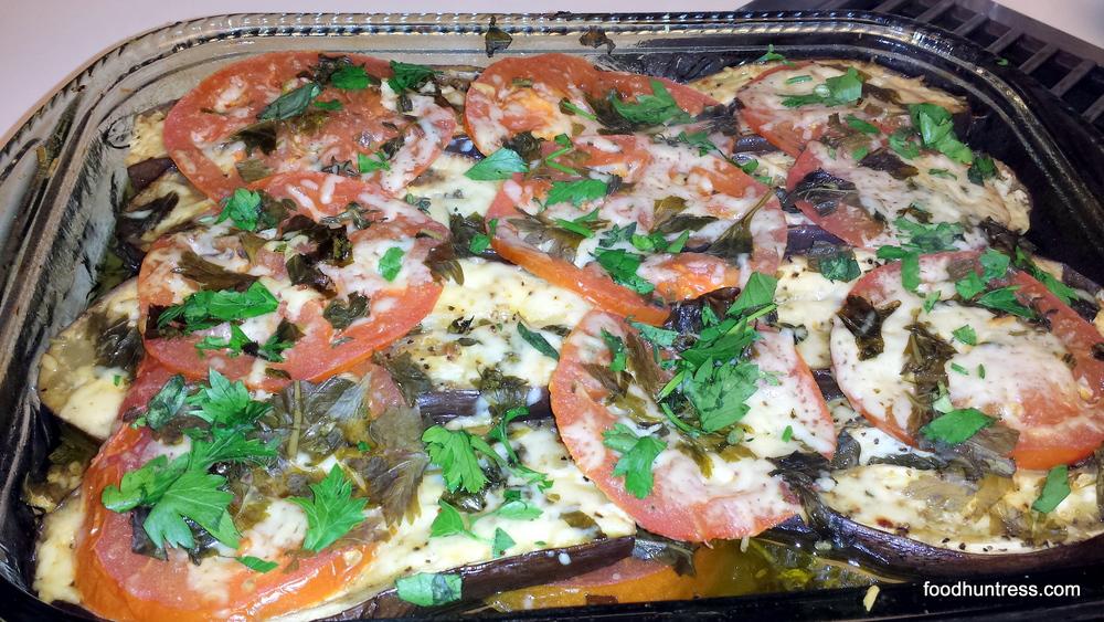 Baby+Eggplant%2C+Summer+Tomato%2C+and+Basil+Casserole Baby Eggplant, Summer Tomato, and Basil Casserole