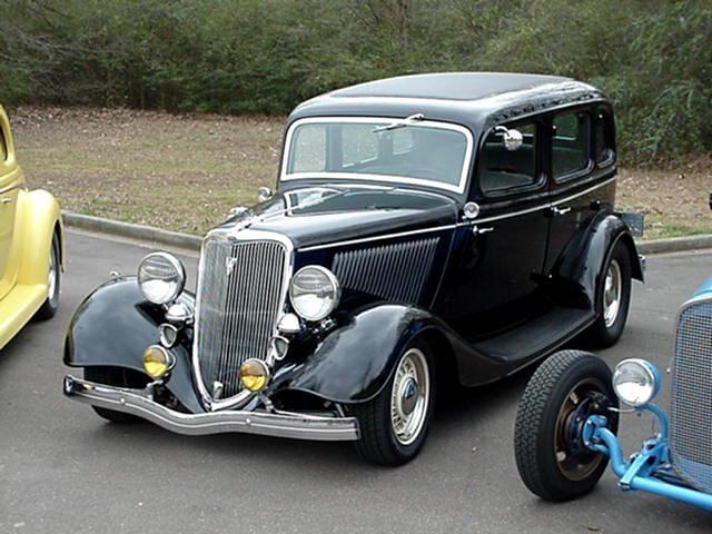 '34 Ford Sedan