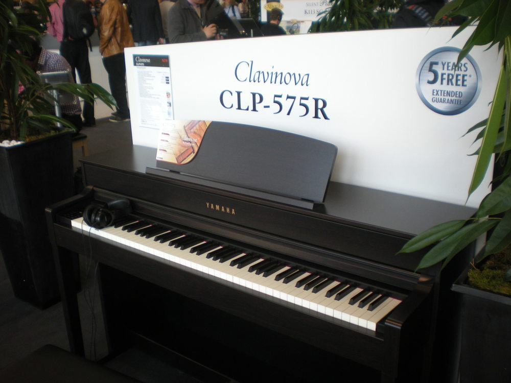 Yamaha_Clavinova_CLP-575.JPG