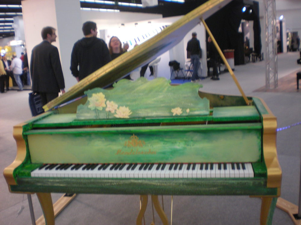 Un piano à queue fabriqué par Mendelssohn.