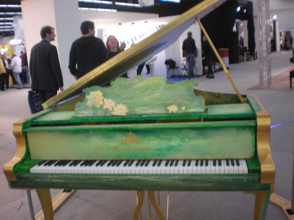 Un piano à queue fabriqué par Mendelssohn.