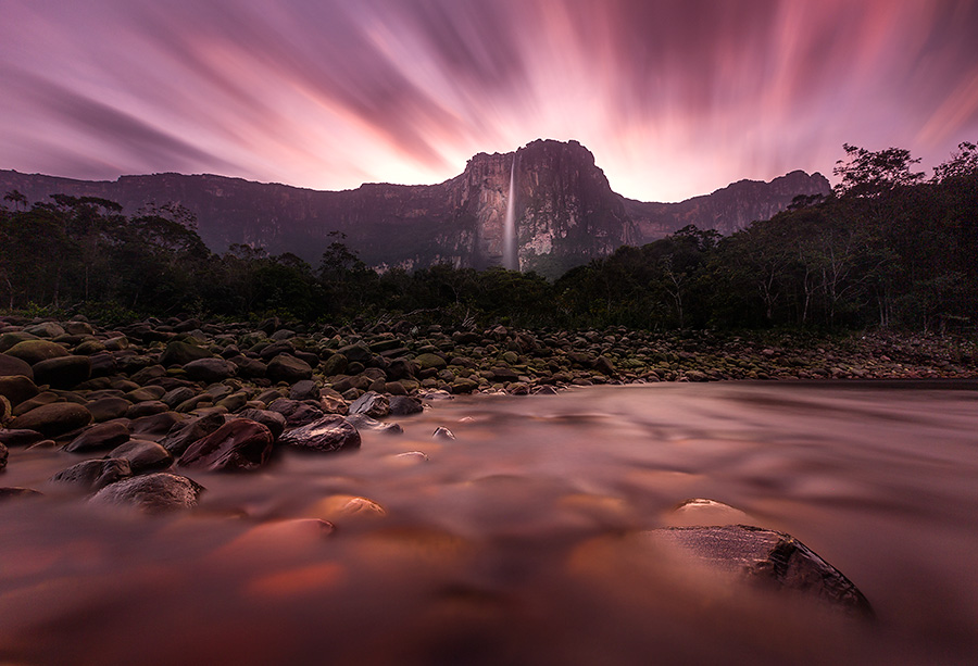 Long-exposure-of-sunset-over-Angel-Falls,-Canaima-National-Park,-Venezuela.jpg