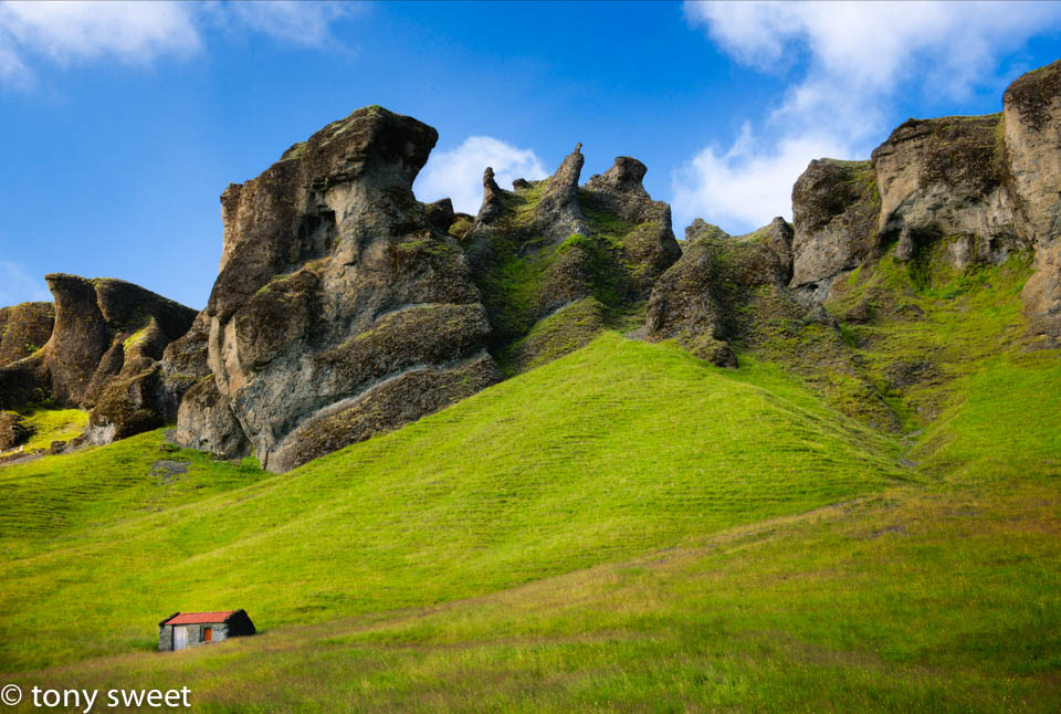 Shed at the foot of Goblin Hills. -contact susan@tonysweet.com for more info on our June 2014 Iceland Excursion!.jpg