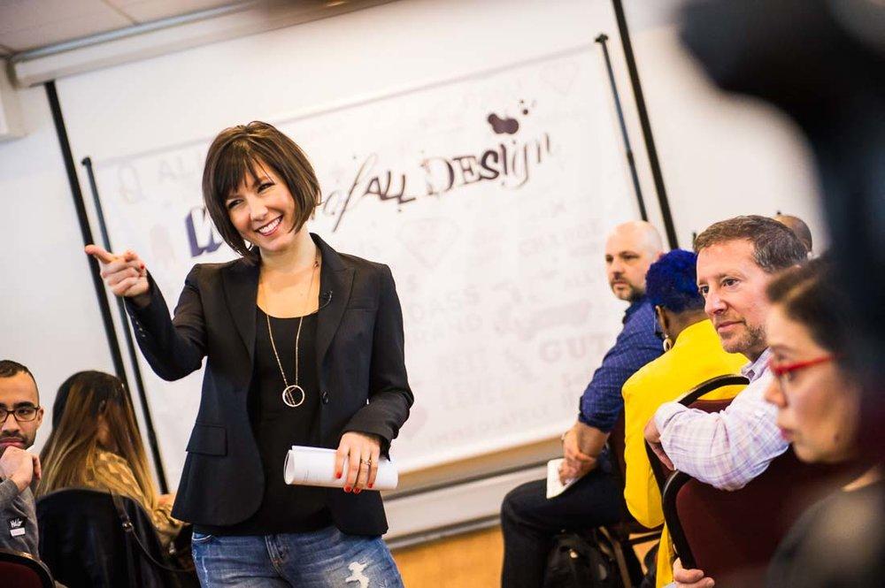 coach speaker author Pia Silva speaking at event