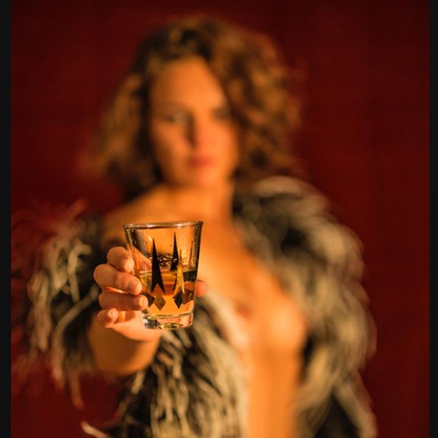 """""""Sweet Libation"""" (2015). Model @laurelinesuzarte  Shot in studio with @canonusa 5D Mark III with the @zeisscameralenses Otis 55 f/1.4 and @molerichardson hot lights  Wardrobe vintage Maribou feather wrap from @temptressfashion of San Diego . . . #vintage #pinup #libation #model #modeling #frenchmodel #feathers #cocktail #pinupart #photooftheday #fromthearchives #studio #zeiss #canon #molerichardson #hollywoodlights #photographer #photography #chicagophotographer #dallasphotographer #losangelesphotographer"""