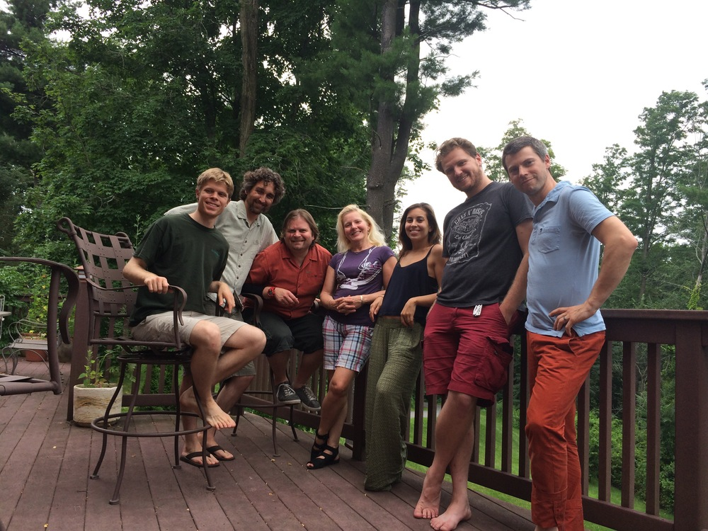 Left to right: Jesse Lewis, producer/engineer; Tim Lenz, host-chefextraordinare-cocktailartist-genuinely_the_most_humble_dude_on_earth; Ralph, viola; Dorothy, cello; Tema, violin; Kyle Pyke, engineer; and Kip Jones, violin.