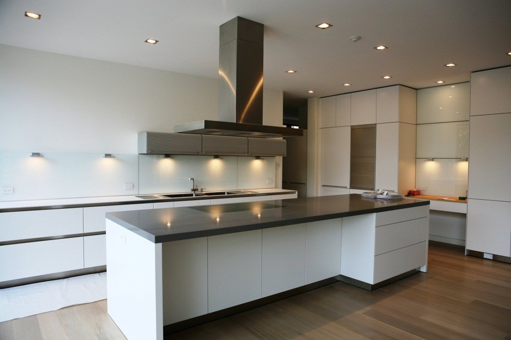 Kitchen With Invisible Speakers
