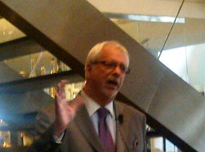 Pierre-Marc Johnson, former premier of Quebec, discussing CETA at the seminar.