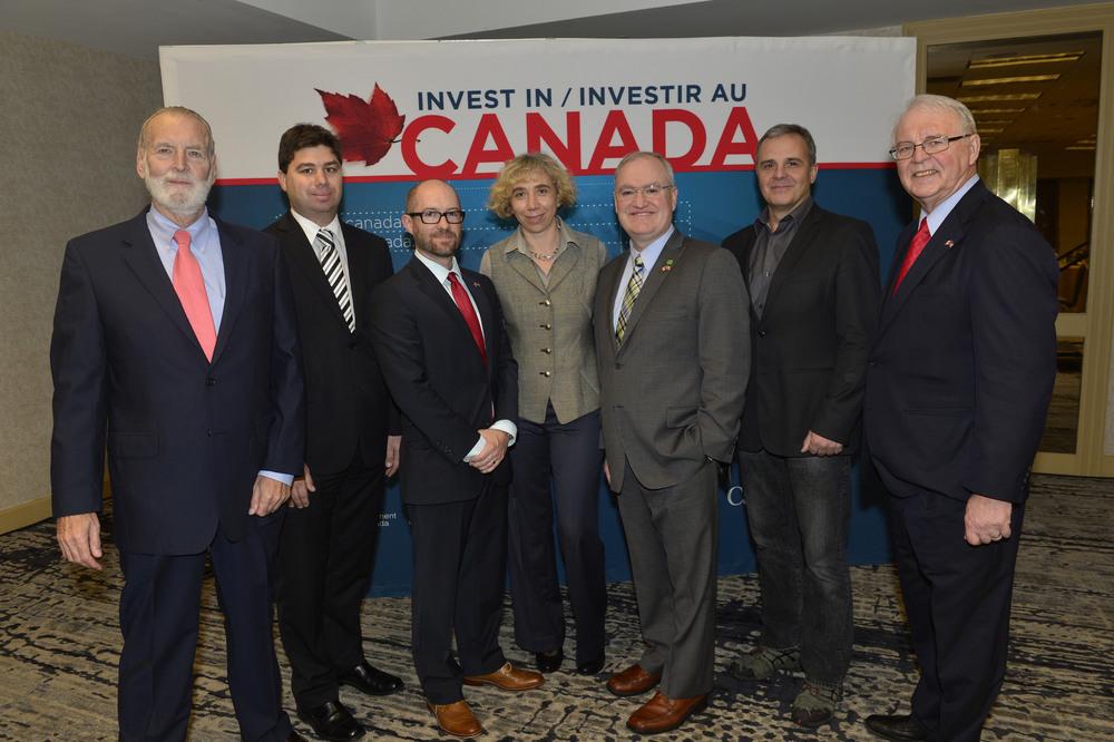 Speakers in Miami (Photo credit: DFATD - Invest in Canada)