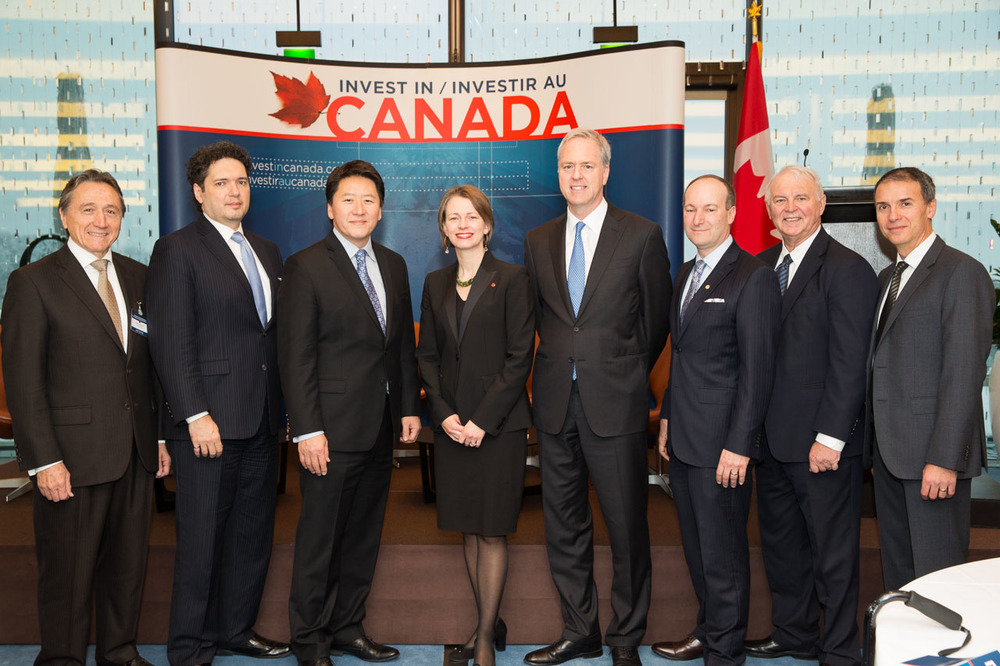 Jennifer MacIntyre (Centre), Ambassador of Canada to Switzerland and Liechtenstein and speakers in Zurich (Photo credit: Invest in Canada)