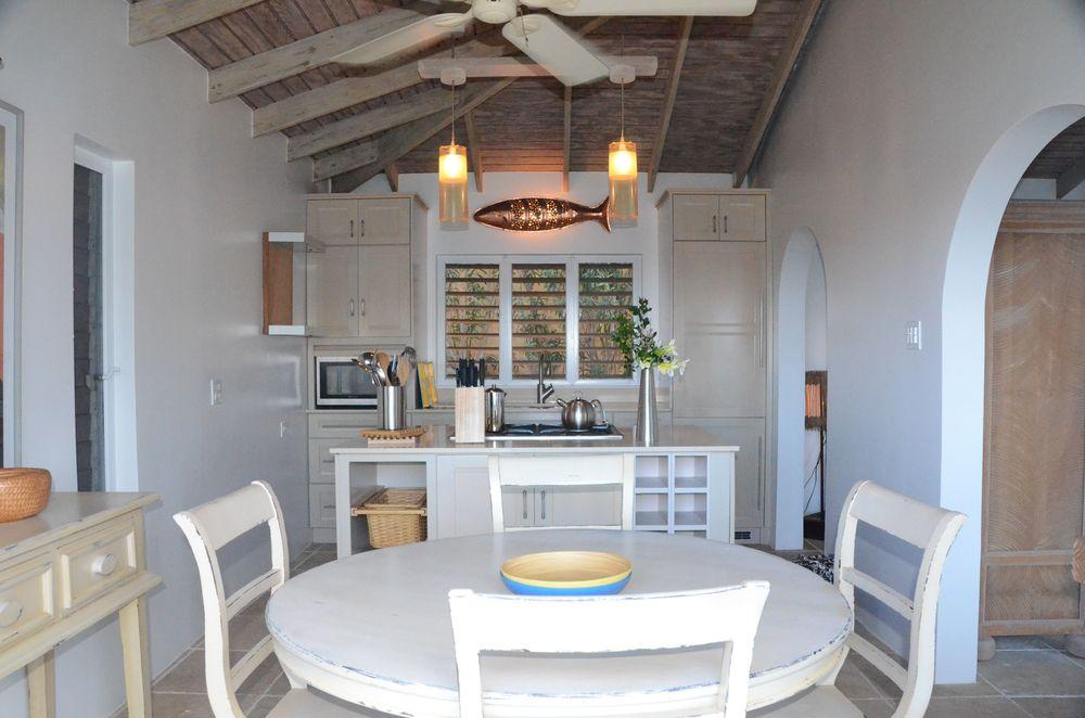Kitchen of Avocado Cottage