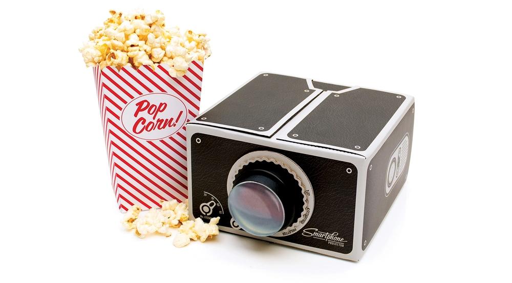 smartphone_projector_popcorn
