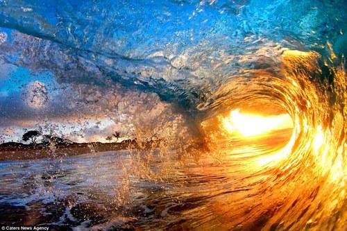 wave shot.jpg